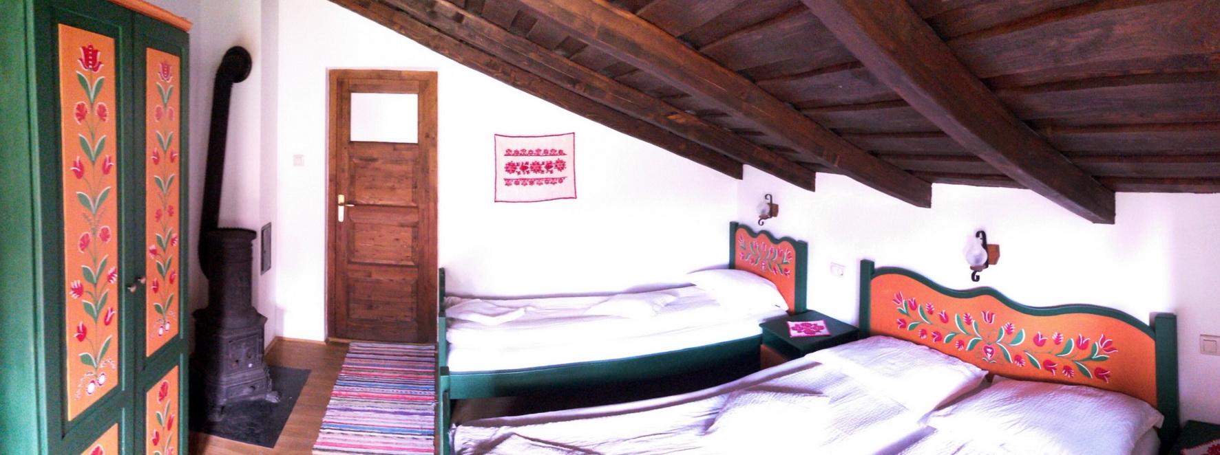 abel-szobaja-belulrol