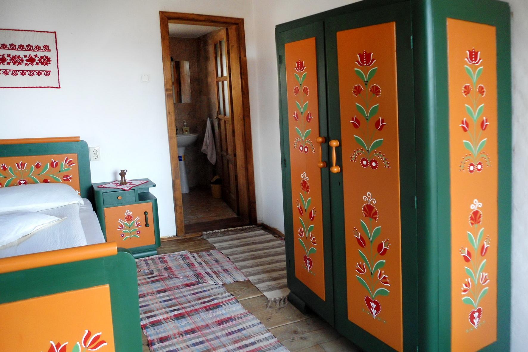 festett-butoros-szoba
