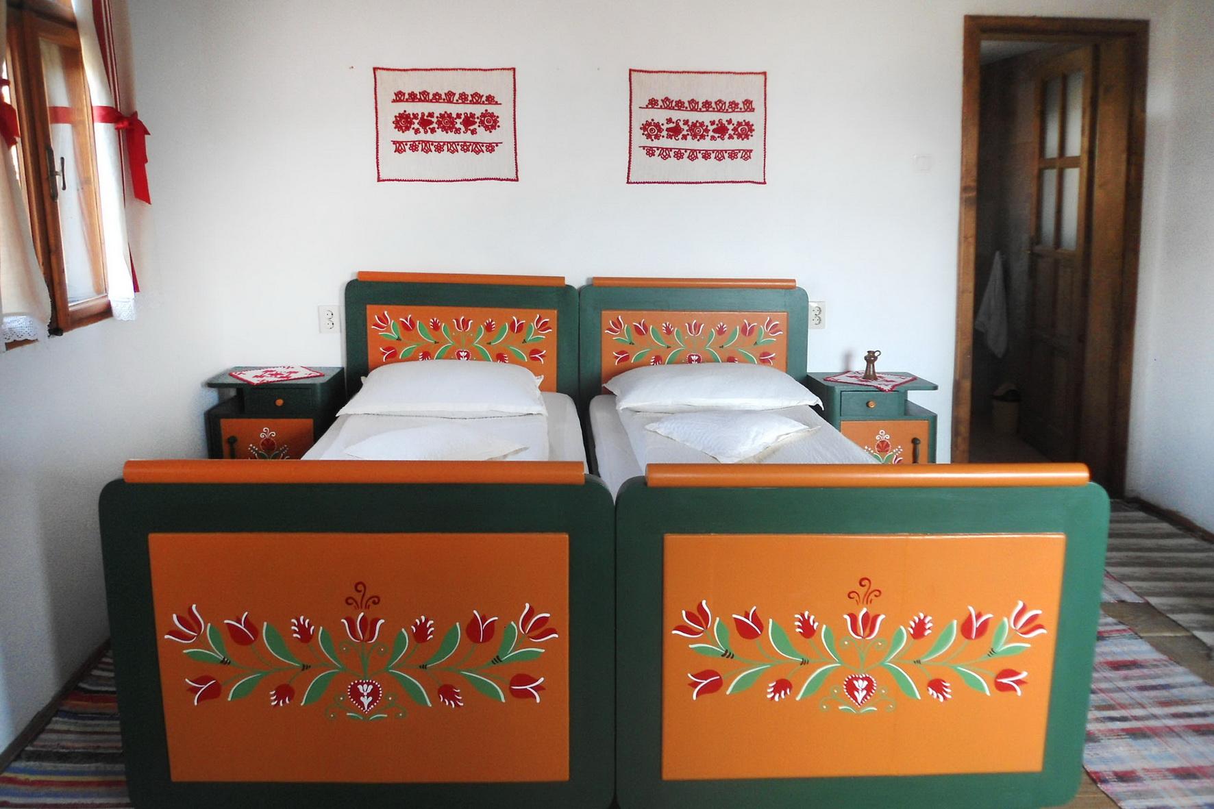 tajhaz-fogado-festett-butoros-agy
